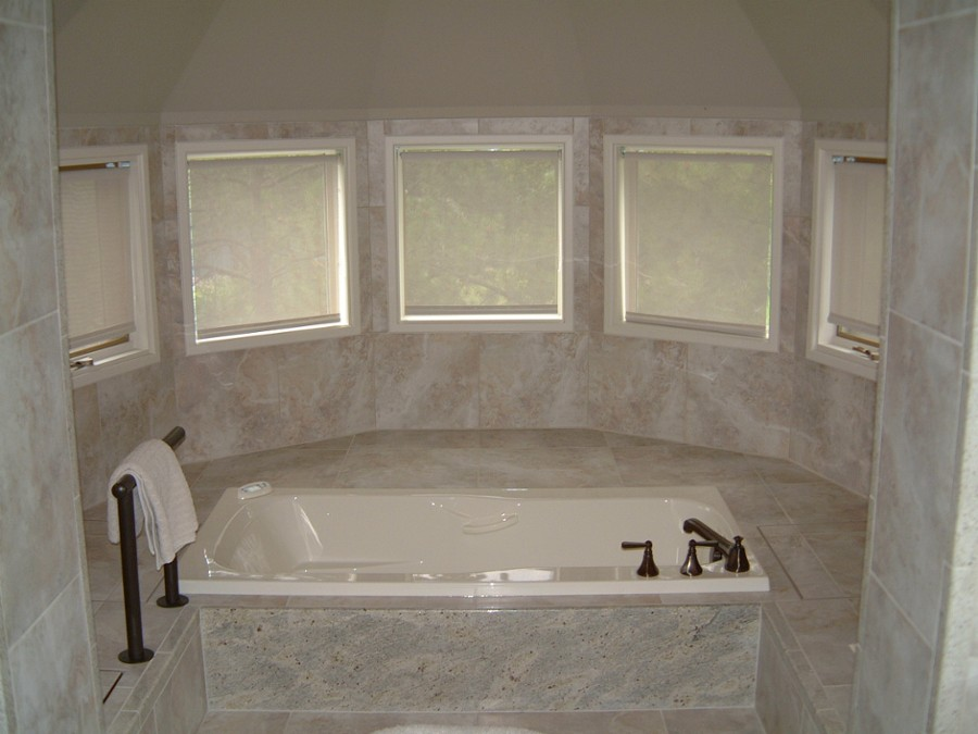 marble tub enclosure