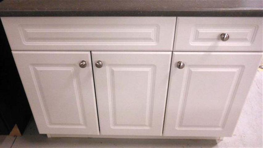 pre-made cabinets Edmonton