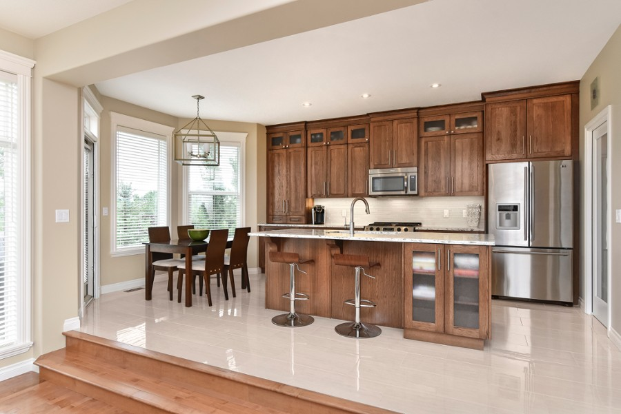 Tips on choosing kitchen cabinets renovationfind for Choosing kitchen cabinets