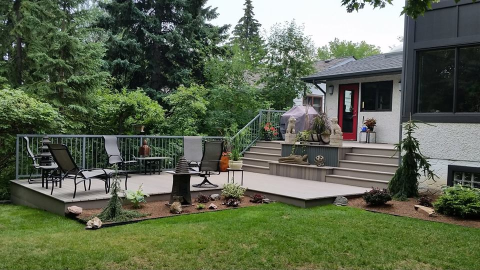 deck builders in Edmonton