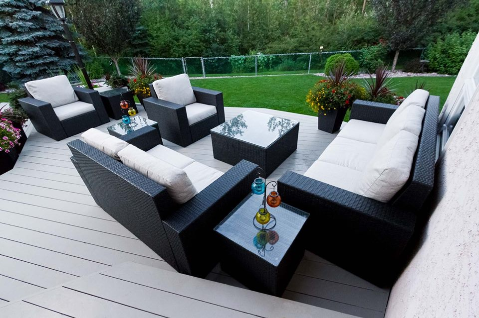 outdoor furniture in Edmonton