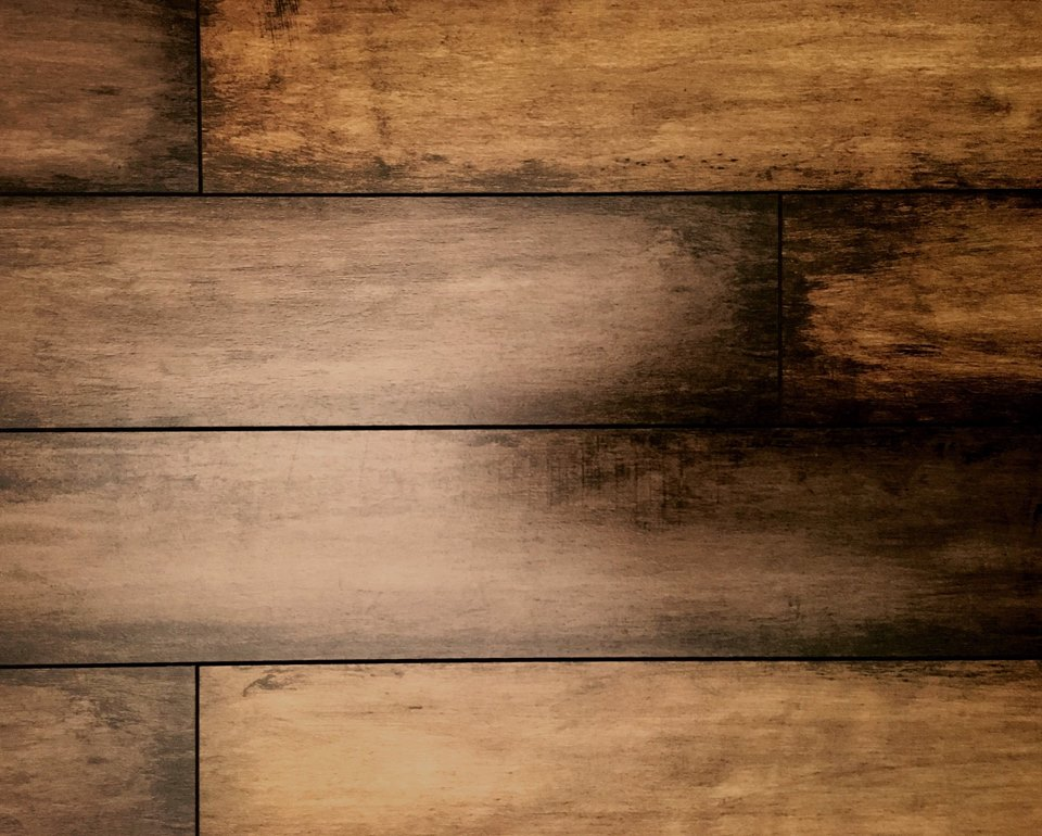 Vinyl Flooring vs. Laminate Flooring