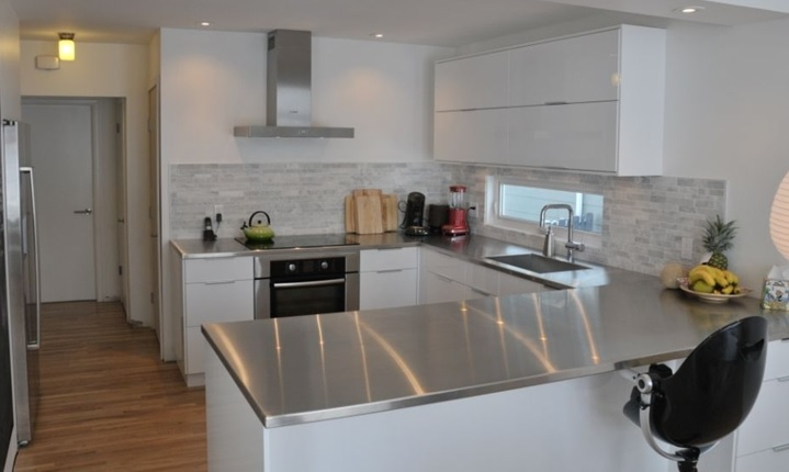 When You Think Of Stainless Steel Countertops Might A Commercial Kitchen There Are Many Reasons Why Has Been The Top Choice