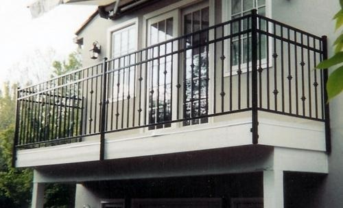 Give A Vintage Style To Home With Iron Balcony Railings