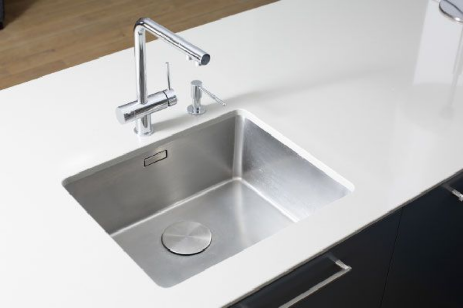 Knowing when to call a professional: bad-smelling drains