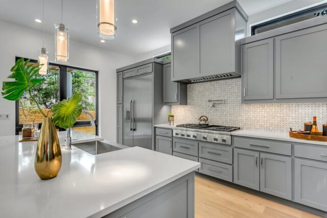 5 Benefits of Professional Kitchen Cabinet Painting ...